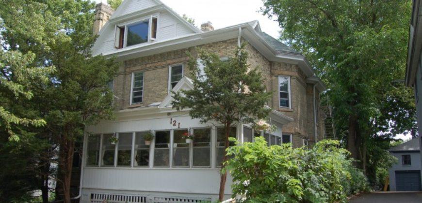 121 E. Gilman St. #10 – Avail. August 15, 2021