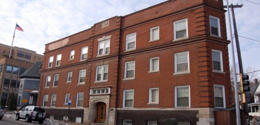 222 North Hamilton Street #7 (Video Tour)