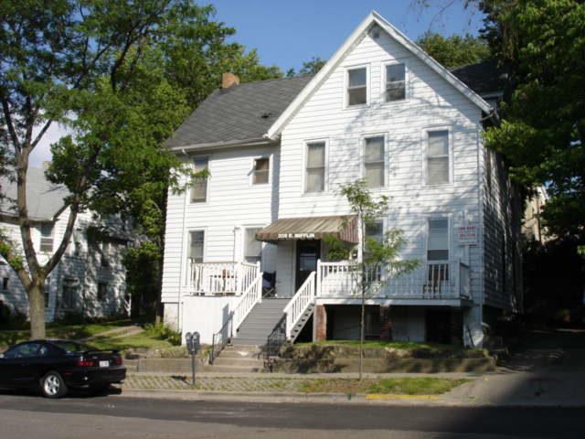 209 E. Mifflin St. #10
