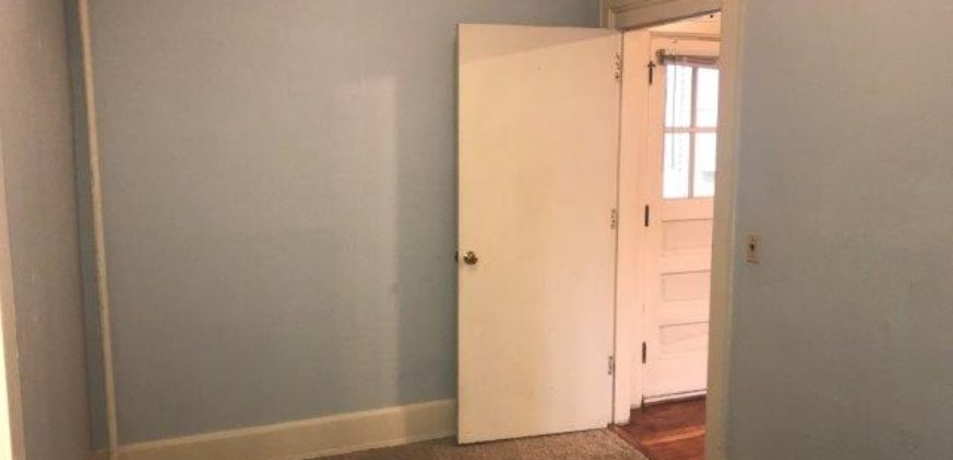 1105 Chandler St. #6 Available 8-15-2021!