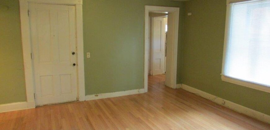 1033 Spaight Street #4A – Just Reduced!