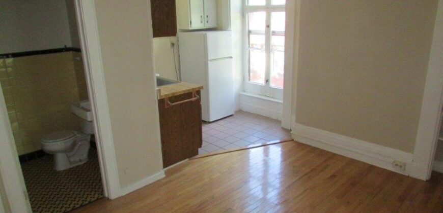 1033 Spaight St. #2D – Avail. 8/15/2021