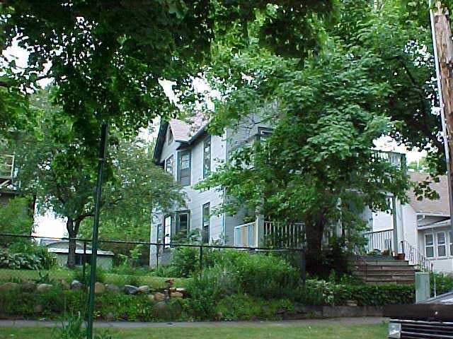 1332 E. Dayton St. #1 – Sublet 8/15/2021 – 8/14/2022