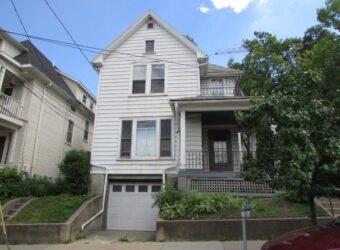 215 E. Mifflin Street #3 – Avail. Now!